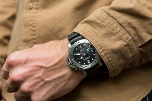 Hands On The Panerai Luminor Submersible 1950 3 Days Automatic